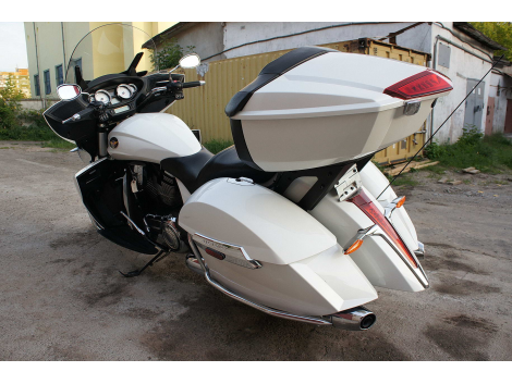 2012 VICTORY MOTORCYCLES CROSS COUNTRY TOUR